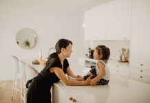 Doctor mom blog explores child discipline and how to avoid reinforcing unwanted behaviours